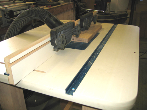 Router setup for cutting 1/4 slots with a slot cutter.